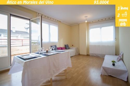 Ático en venta con terraza en Morales del Vino