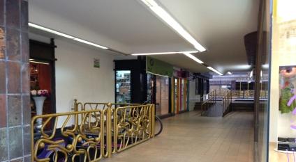 Reparación de Calzado Juan, en el Centro Comercial La Marina